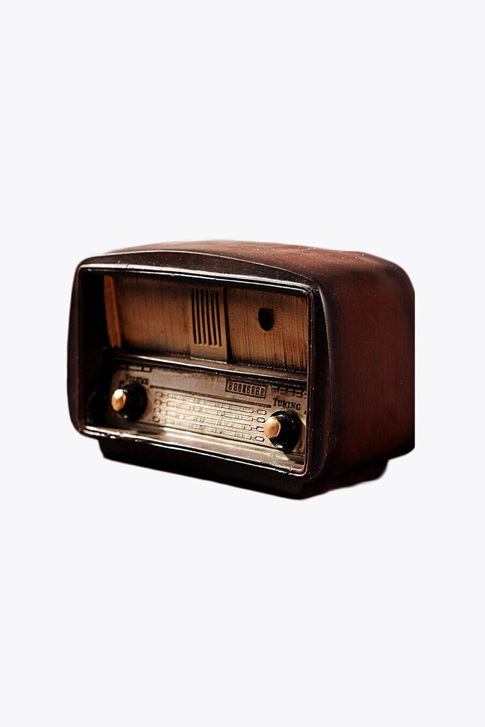 Vintage Radio Room Decor
