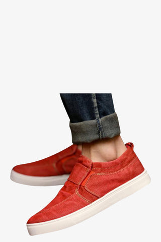 Jean Styled Canvas Sneakers In Red