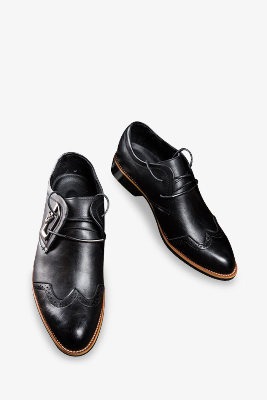 Brogue Pointed Dress Shoes