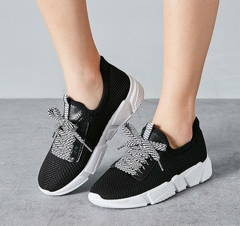 Lace Up Breathable Sport Shoes