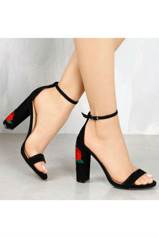 Rose Embroidery High Heels In Black