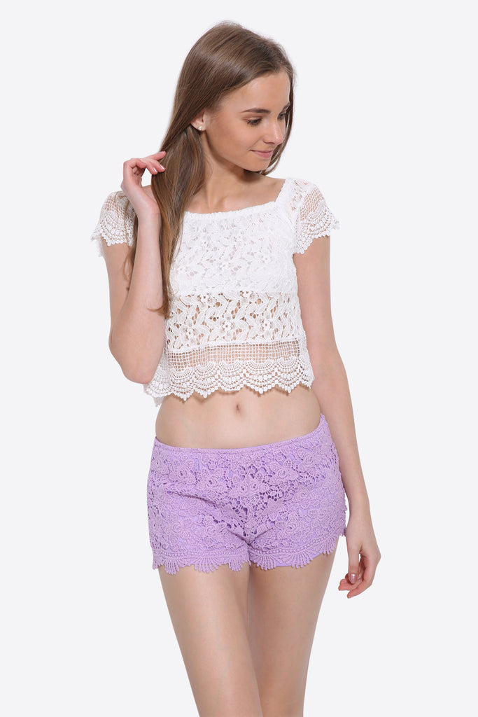 Boho Crochet -Trimmed Shorts In Lilac