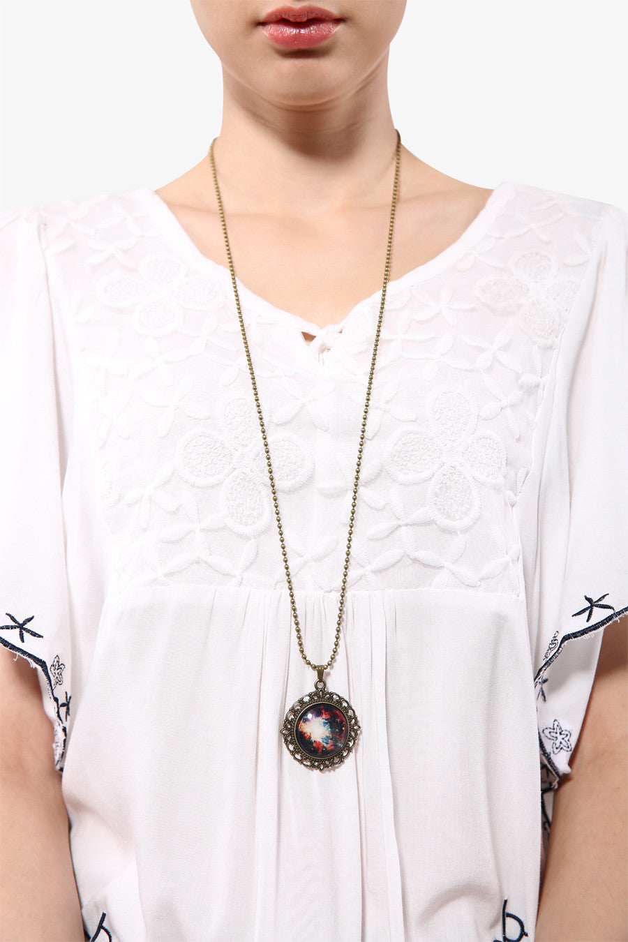 Retro Rosette Moon Necklace
