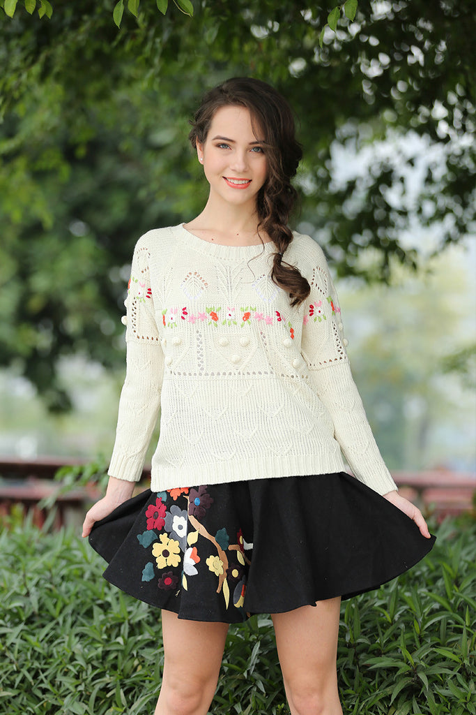Retro Inspired Floral Knit Sweater In Beige