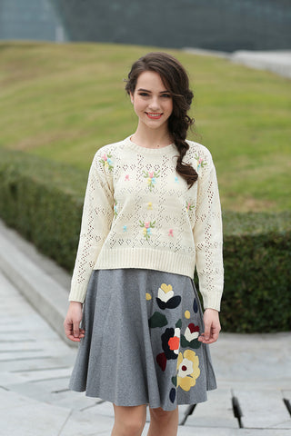 Cute Embroidered Floral Knit Sweater In Beige