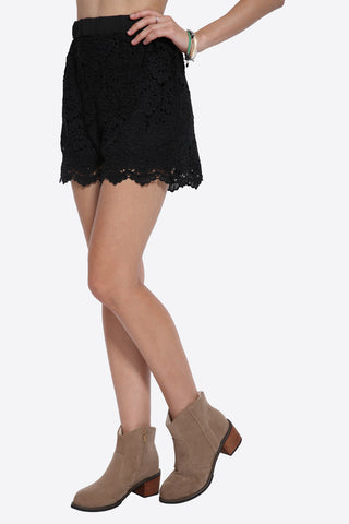 Floral Boho Embroidered Shorts In Black