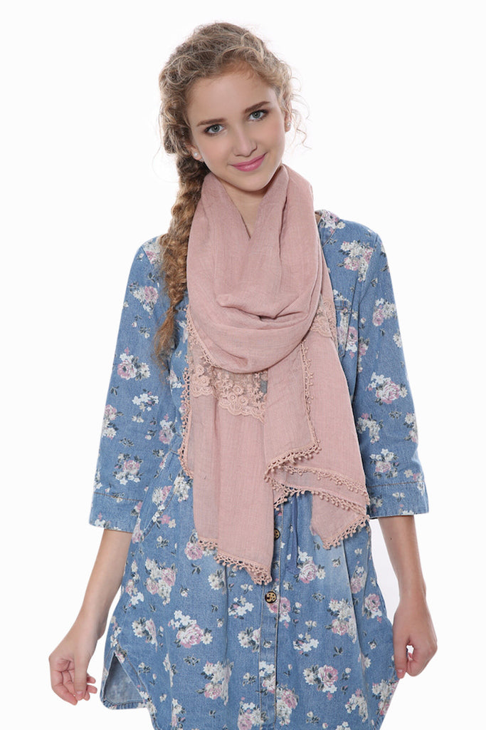 Floral Lace Scarf In Pink