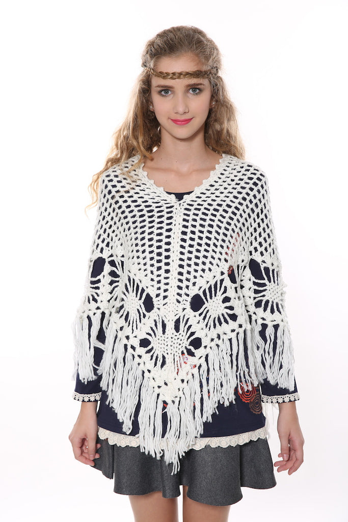 Retro Granny Square Poncho In White