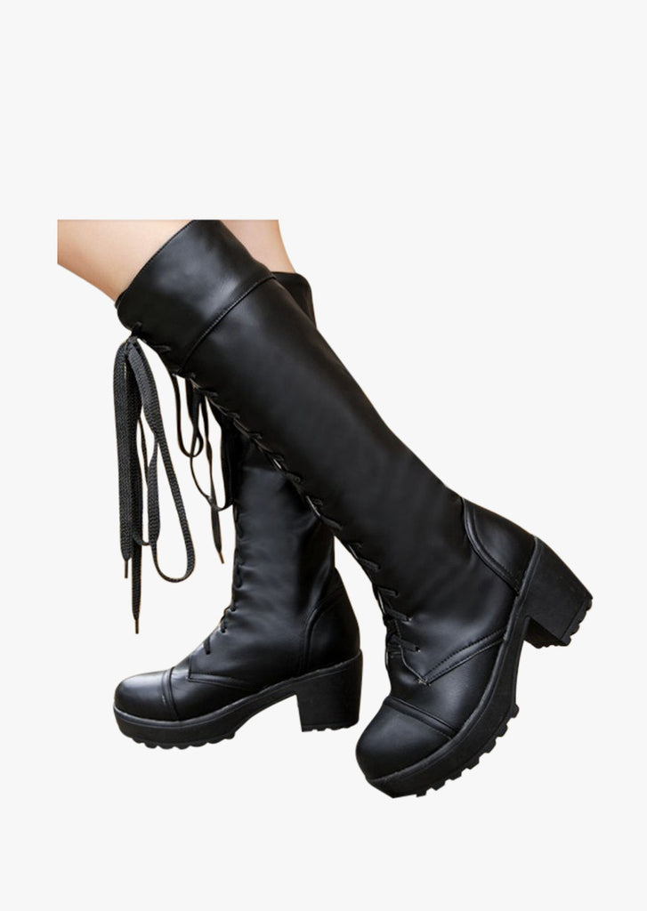 Leather Lace Up Boots In Black