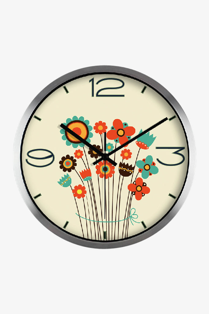 Cute Flower Clock In Silver