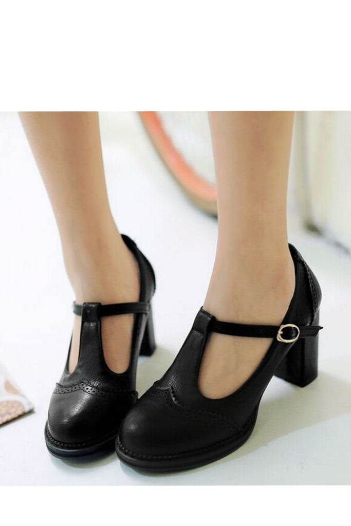 Retro T-Strap Low Heel Shoes
