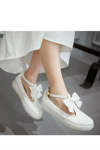 WhiteT-Strap Bow Shoes