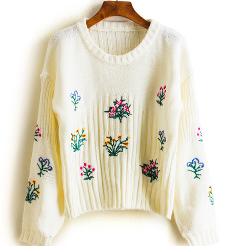 Chic Flroal Embroidery Knit Sweater