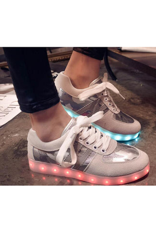 Fashion Light Gray Camouflage Unisex Light LED Shoes
