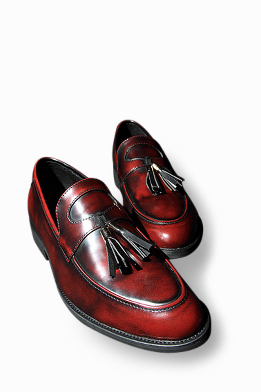 Loafers With Tassel Front In Burgundy