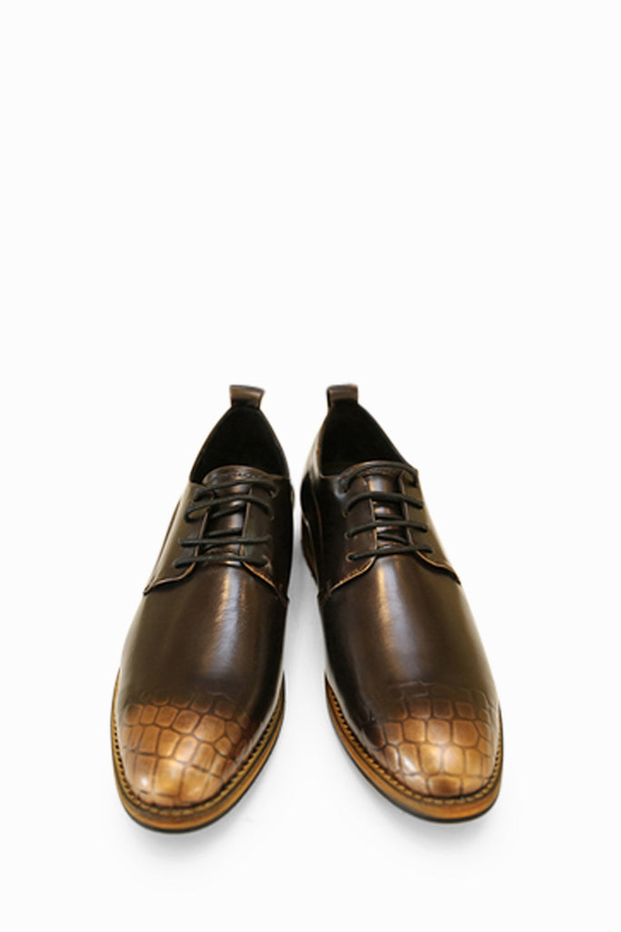 Vintage Brogues In Bronze