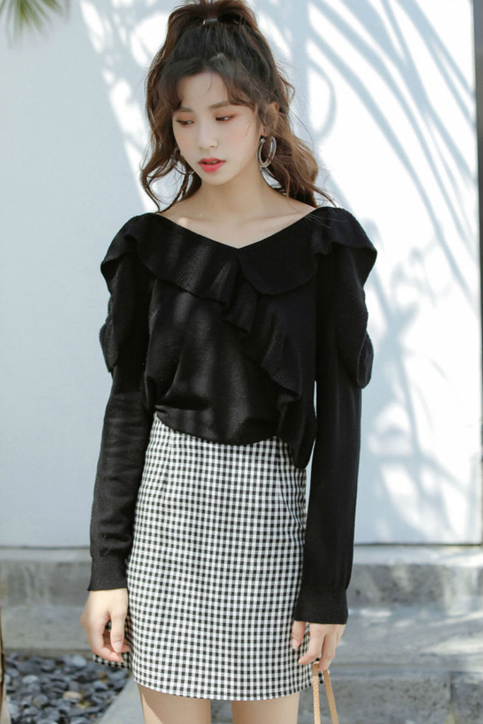 Cold Shoulder Ruffle Sweater Black