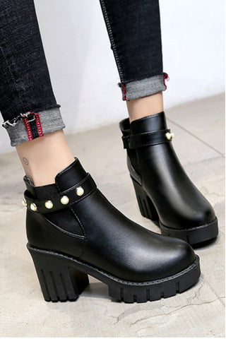 Black Pearls Decor Heeled Boots
