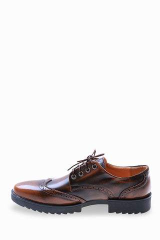 Classic Brogue Shoes In Bronze