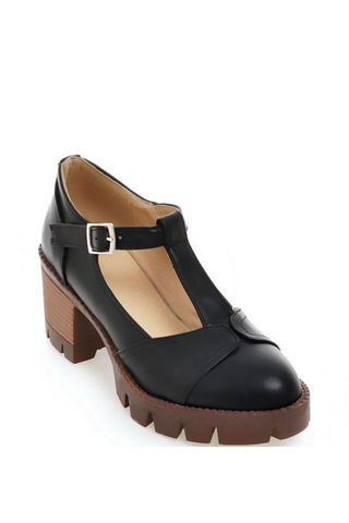 Vintage T-strap Heeled Shoes In Black
