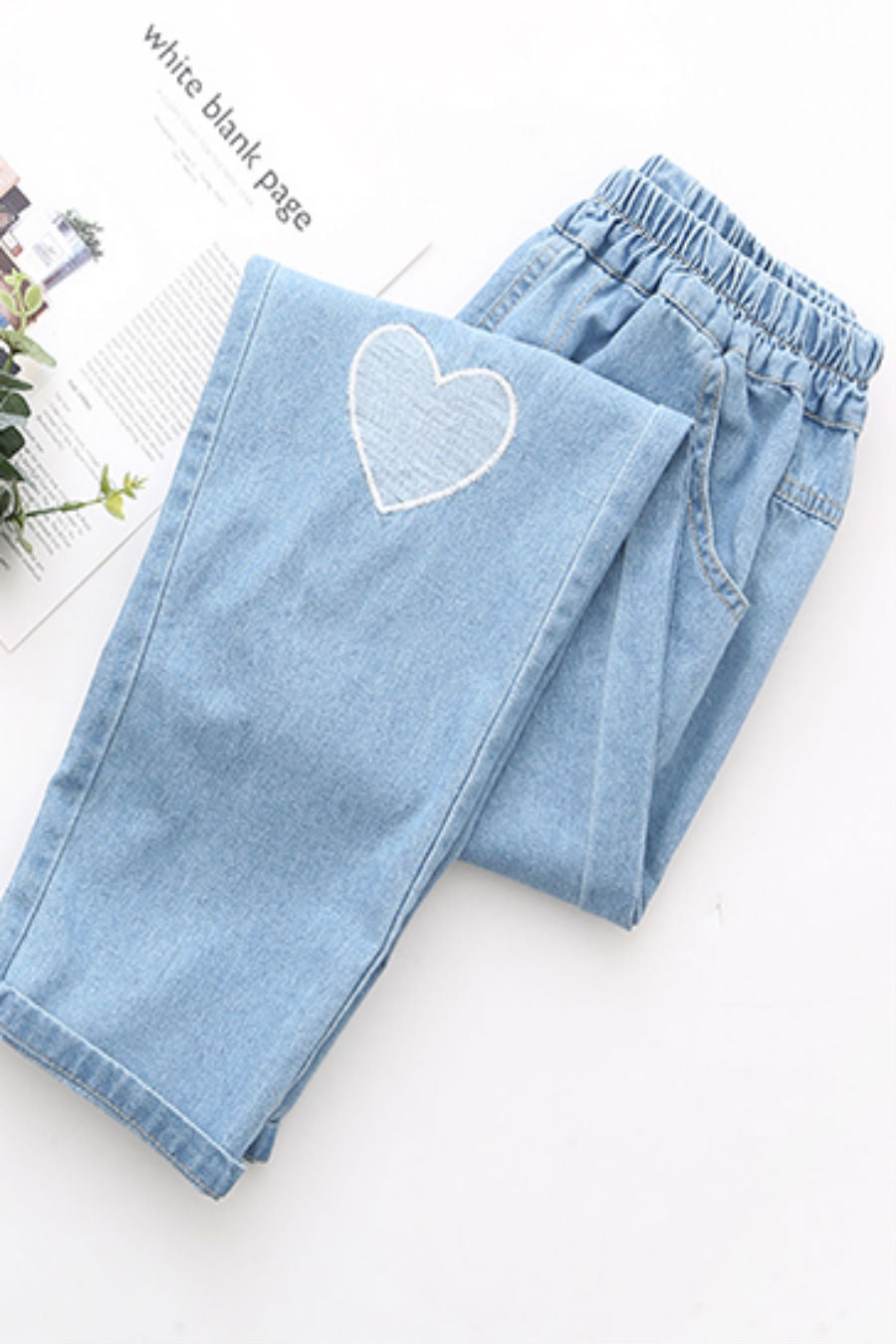 Heart Embroidery Jeans