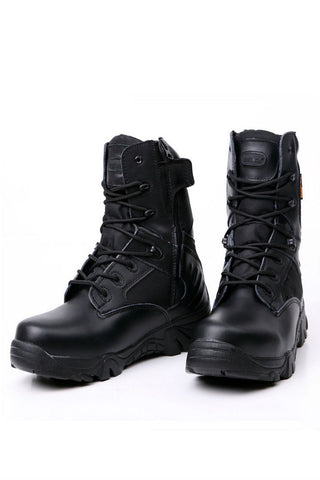 Trekking Men's Boots In Black