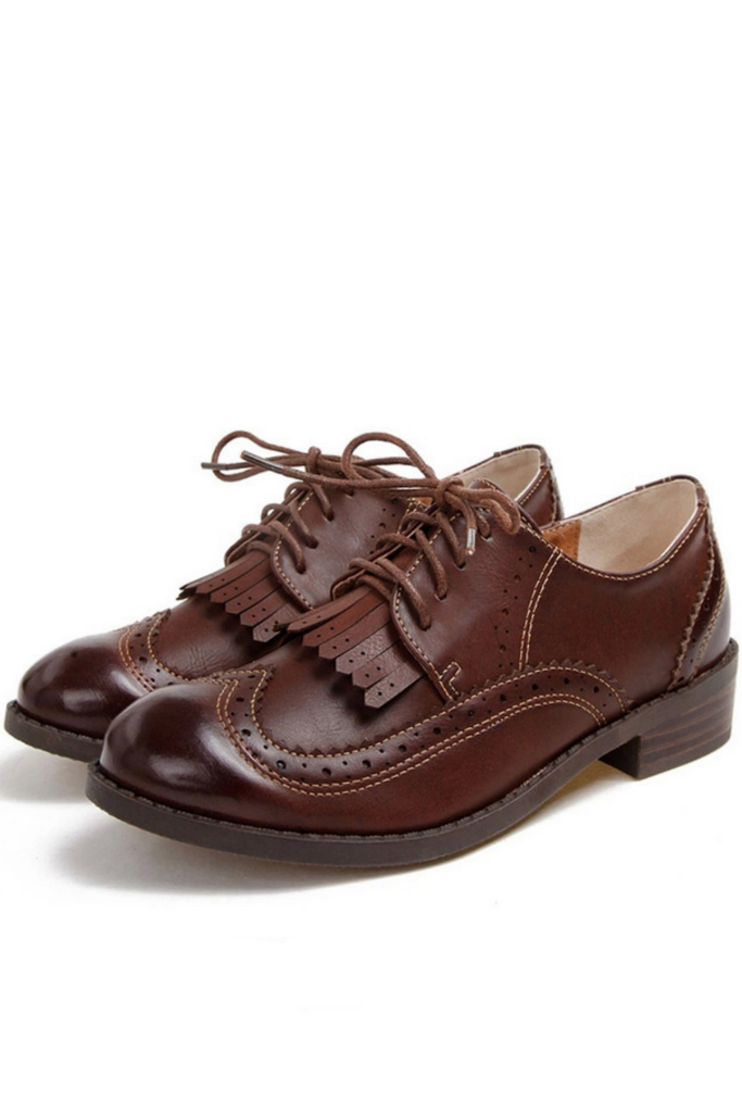 Vintage Tassel Lace Up Oxford Shoes In Brown