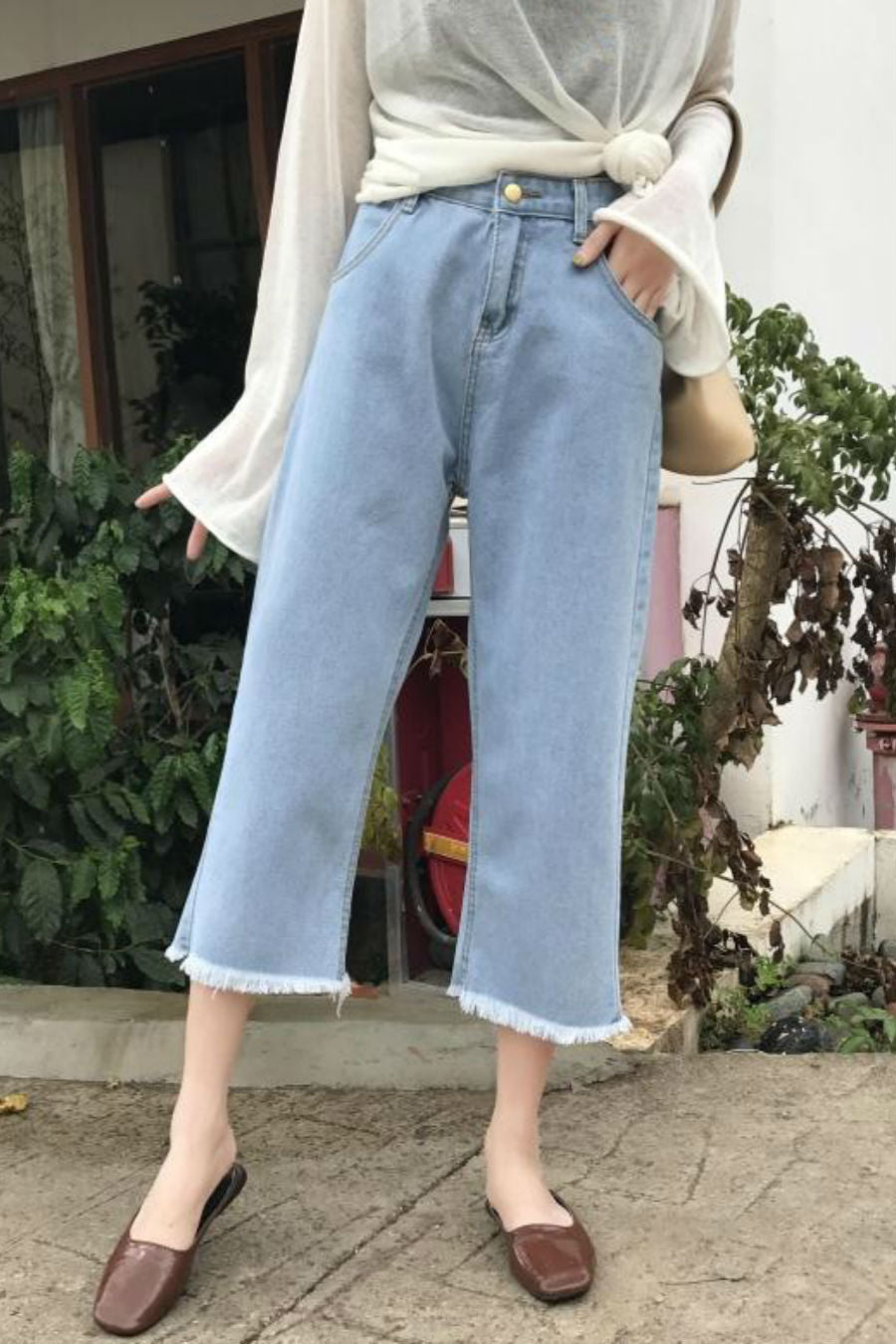 0a808d005f436 Vintage Wide Leg Ankle Jeans. Tap to expand