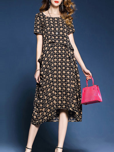Woman Round Neck  Patch Pocket  Print Maxi Dress