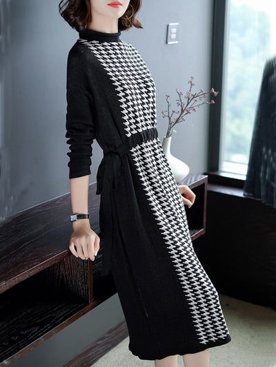 Houndstooth Paneled Long Sleeve Knitted Midi Dress