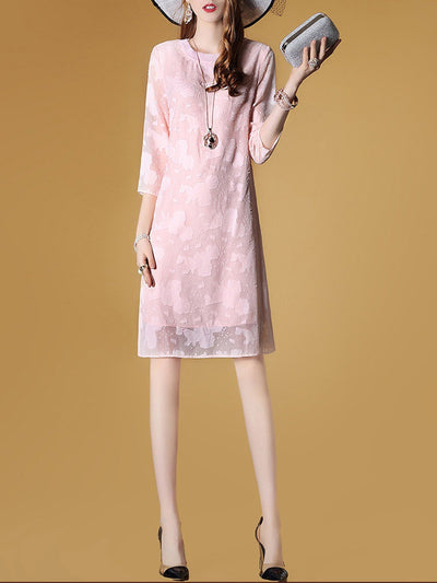 Elegant 3/4 Sleeve Shift Midi Dress