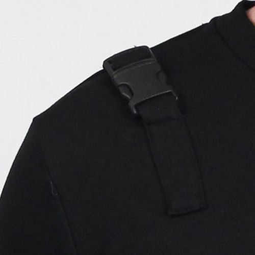 Attaches/Zip Crew Sweater