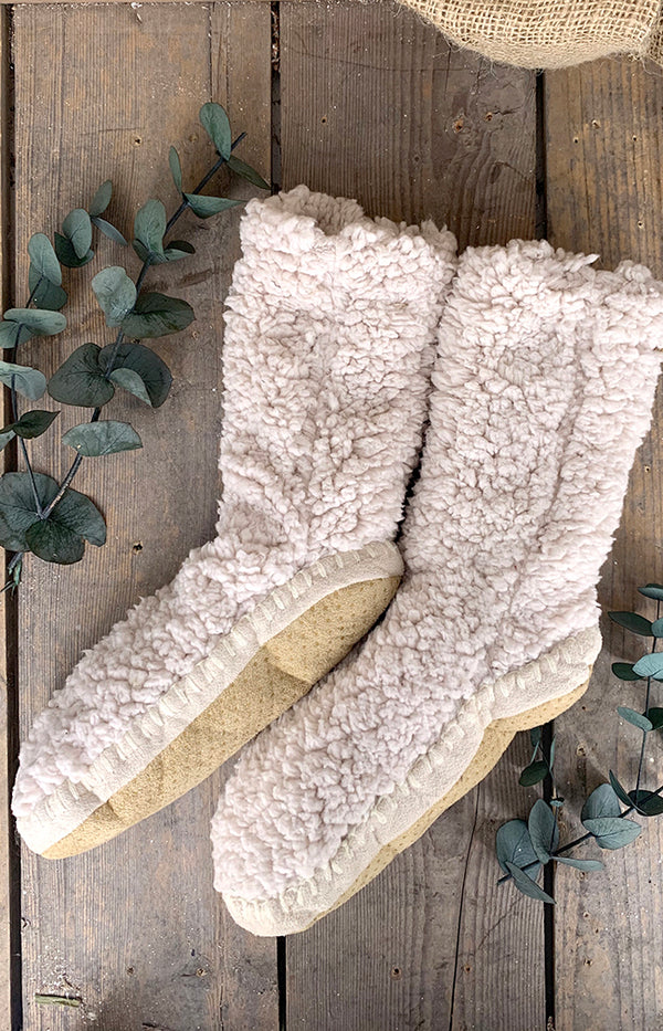 Fluffy Slipper Sock w/ Sole - Cloud