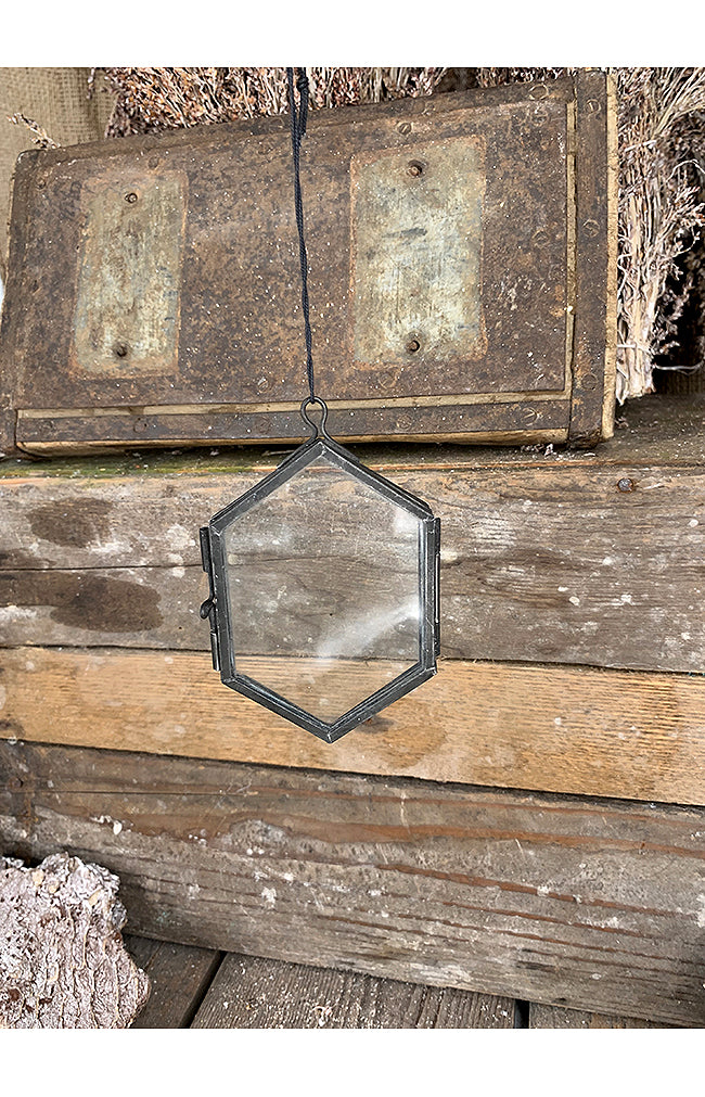 Hexagonal Hanging Photo Frame - 7x10.5cm