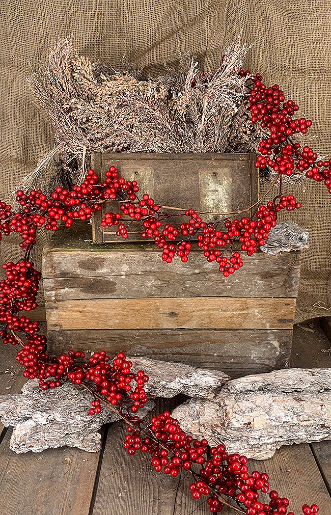 Red Berries Garland