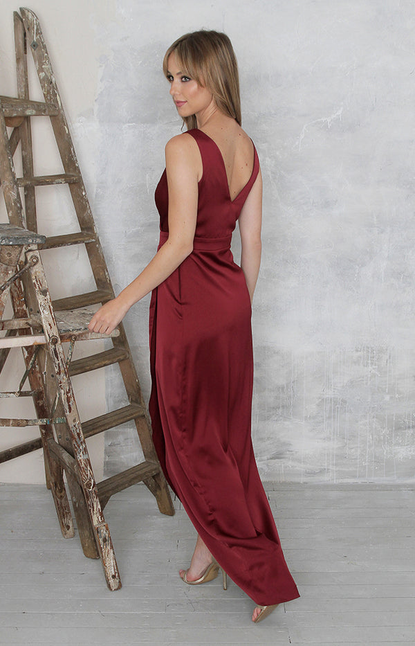 Fabia High Back Gown - Burgundy