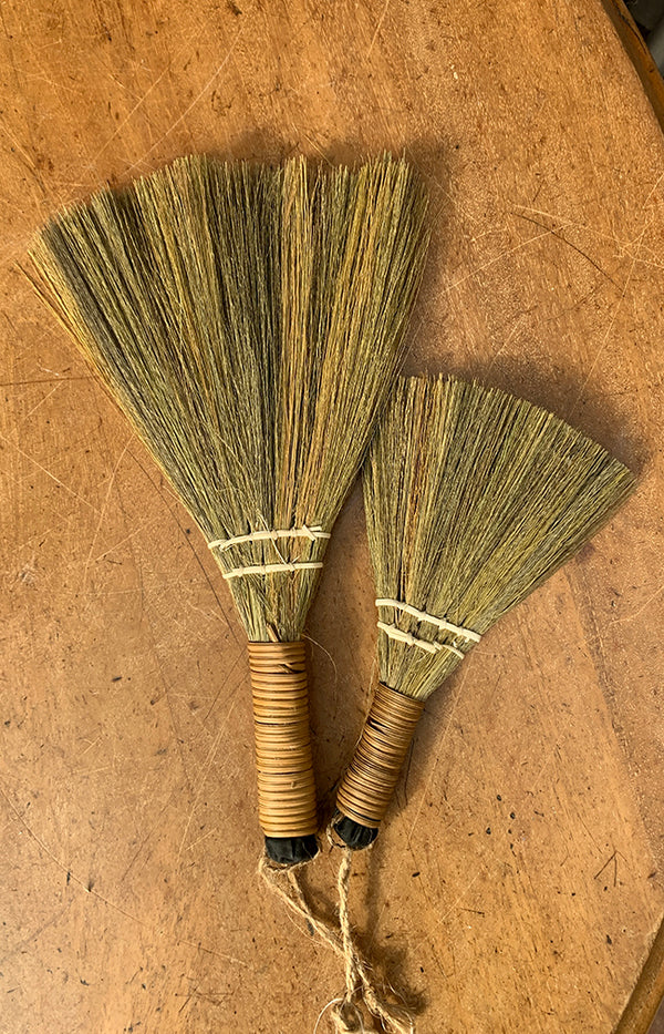 Natural Straw Sweeping Brush