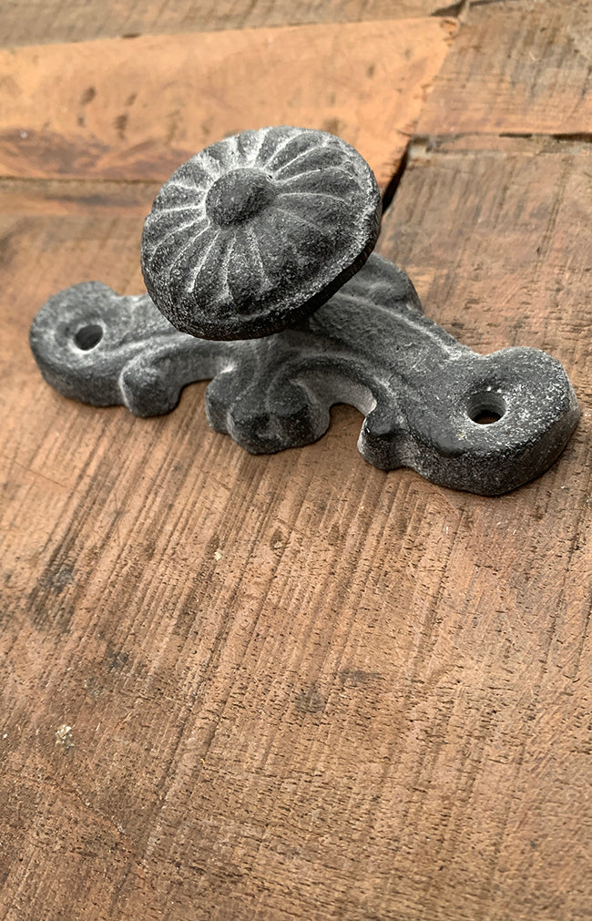 Aveiro Antique Hook - Grey