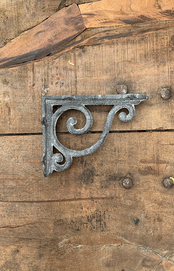 Bordeaux Shelf Bracket