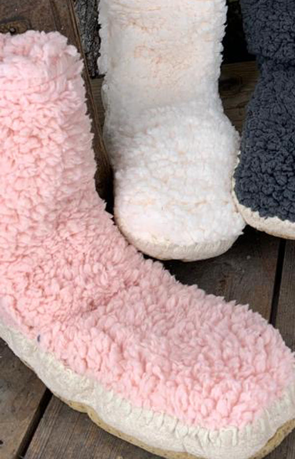 Fluffy Slipper Sock w/ Sole - Blush