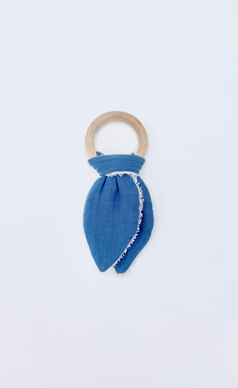 Cotton & Wood Teething Ring - Space Blue