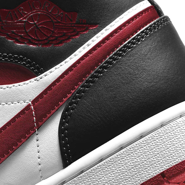 Air Jordan 1 Mid 'Gym Red'