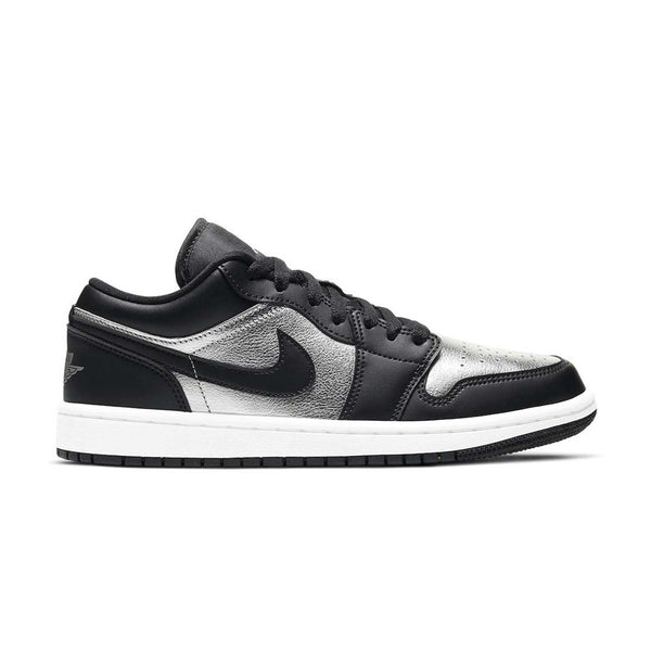 Wmns Air Jordan 1 Low SE 'Silver Toe'