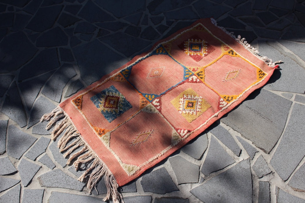 The Vintage Tapis Bebère
