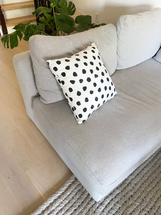 Simple Dots Pillow Cover