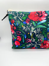 Load image into Gallery viewer, Holiday Blooms Pouch