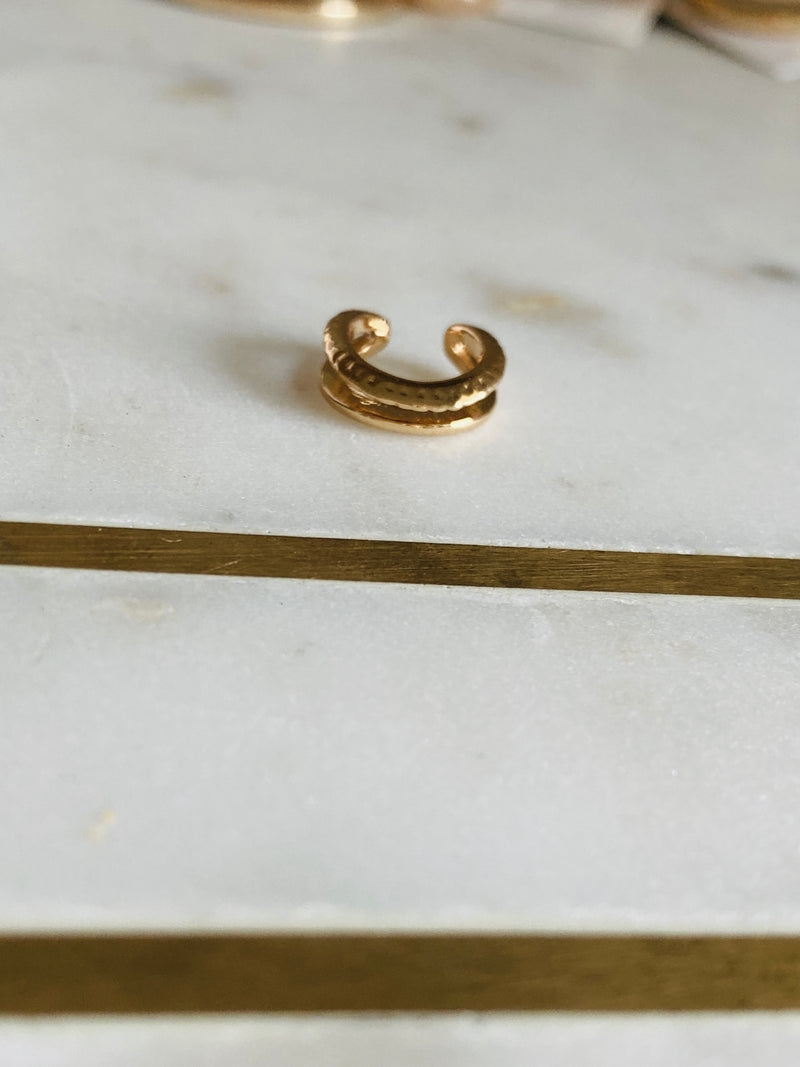 Alibi Ear Cuff - Gold