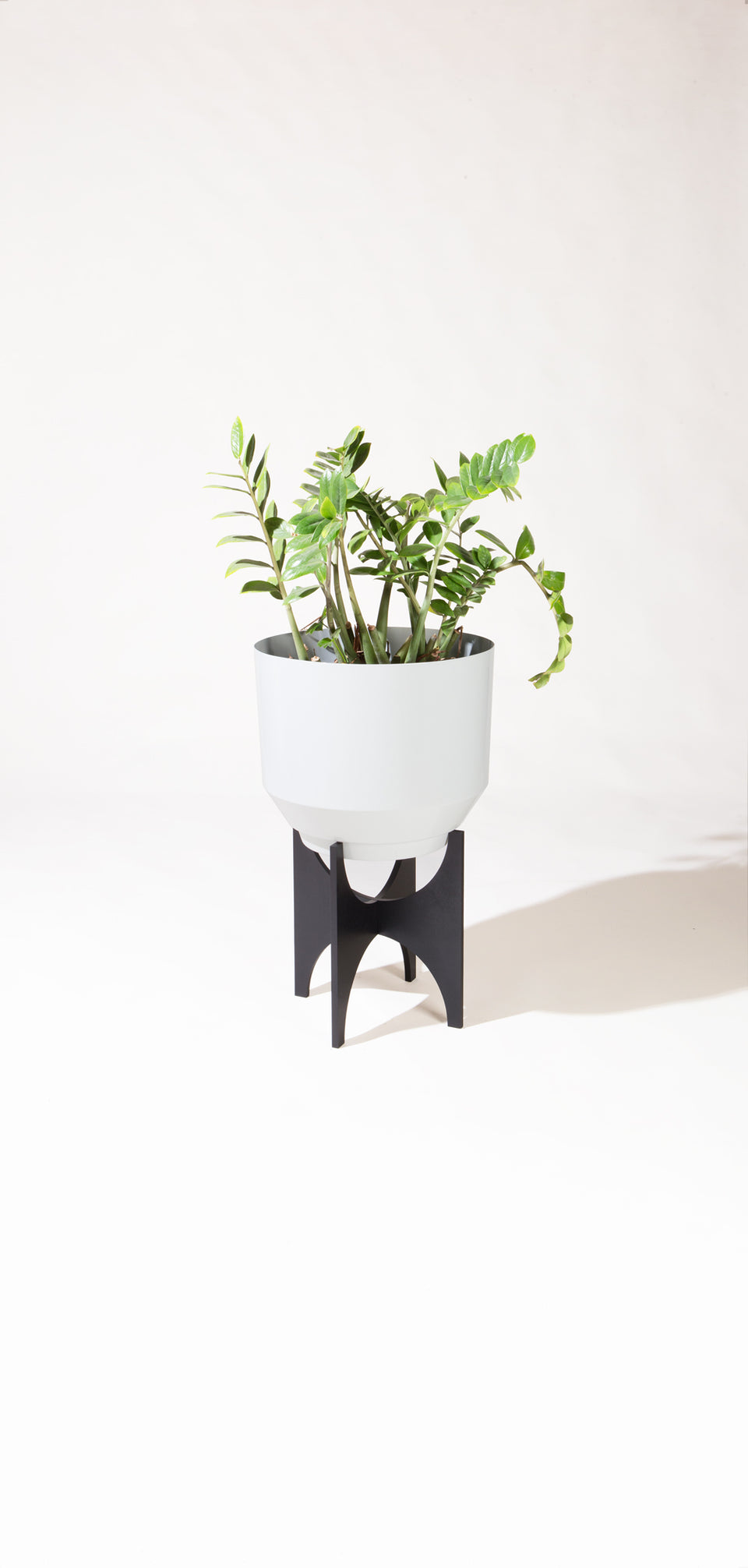 "16"" Spun Planter - Pale Gray"