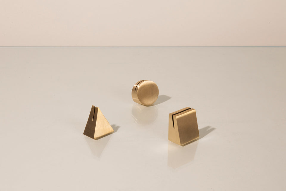 Brass Geo Stand - Circle - 2nd Quality