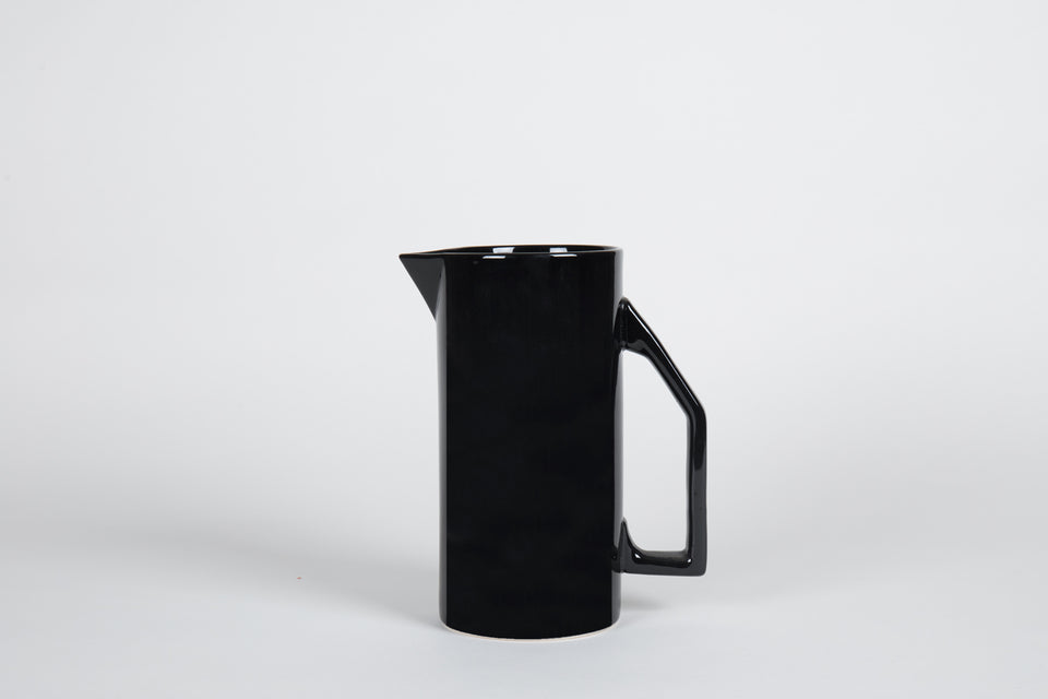 850 mL Ceramic Pitcher